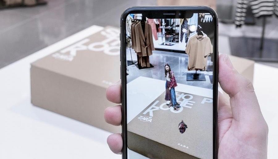 An augmented reality display on Zara stores.